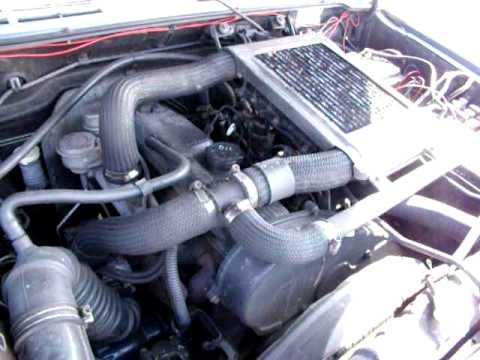 Der Aufwand des Benzins in raw 4 Motor 2.4