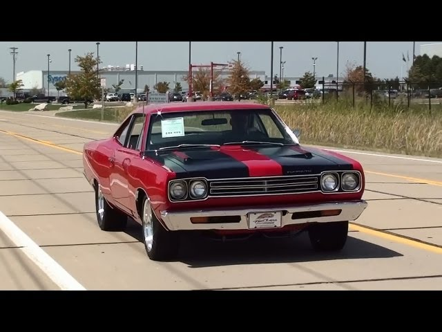 Test-driving-1969-plymouth-road