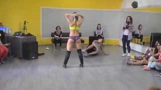 MUJER BAILANDO HIP HOP DANCE   ORIGINAL/ WOMAN DANCING HIP HOP
