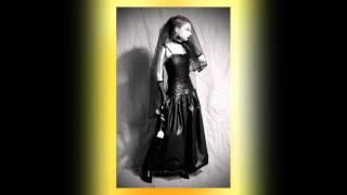 Top 10 Gothic Bride Dress Ideas