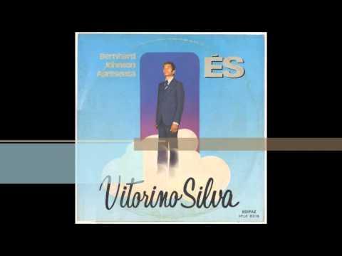 Vagava em trevas - Victorino Silva