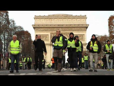 Τι συμβαίνει στη Γαλλία – Ρεπορτάζ του euronews για τα Κίτρινα Γιλέκα…
