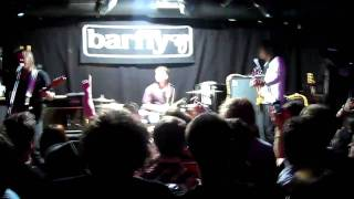 Feeder - Sentimental (Live @London Barfly 14/06/10)