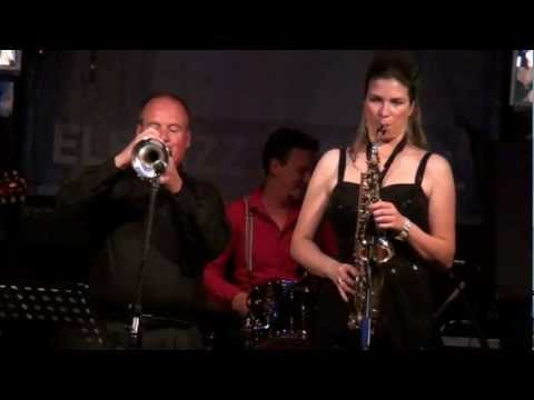 """Susanne Alt + Band feat. Gary Winters: HOW TO KISS"""" @ Elbjazz Festival"""