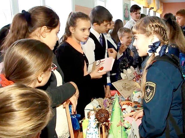 В создании главного городского монумента участвуют дети