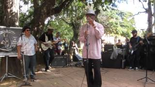 Harmonica Hinds e Michael Dotson