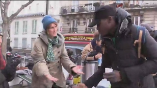 France: Migrants given hot breakfasts as cold snap grips Paris