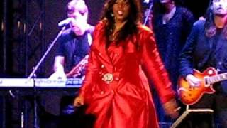 Donna Summer - She Works Hard For The Money - Live In Brooklyn NY