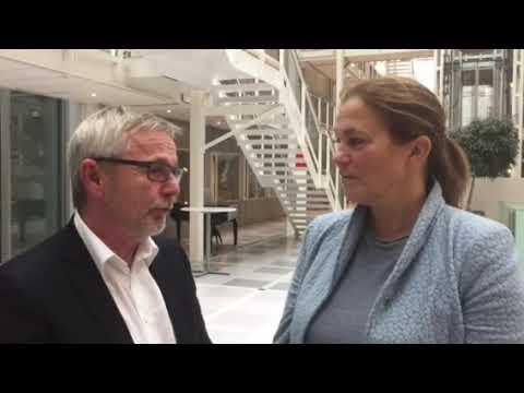 Svein Terje Strandlie og Alexandra Bech Gjørv samtaler om rollen som Omstillingsmotor.