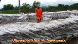 preview picture of video 'Áradás Sajóvámoson és környékén - Kiöntött a Sajó - Vazsu Bt. http://www.vazsu.eu'
