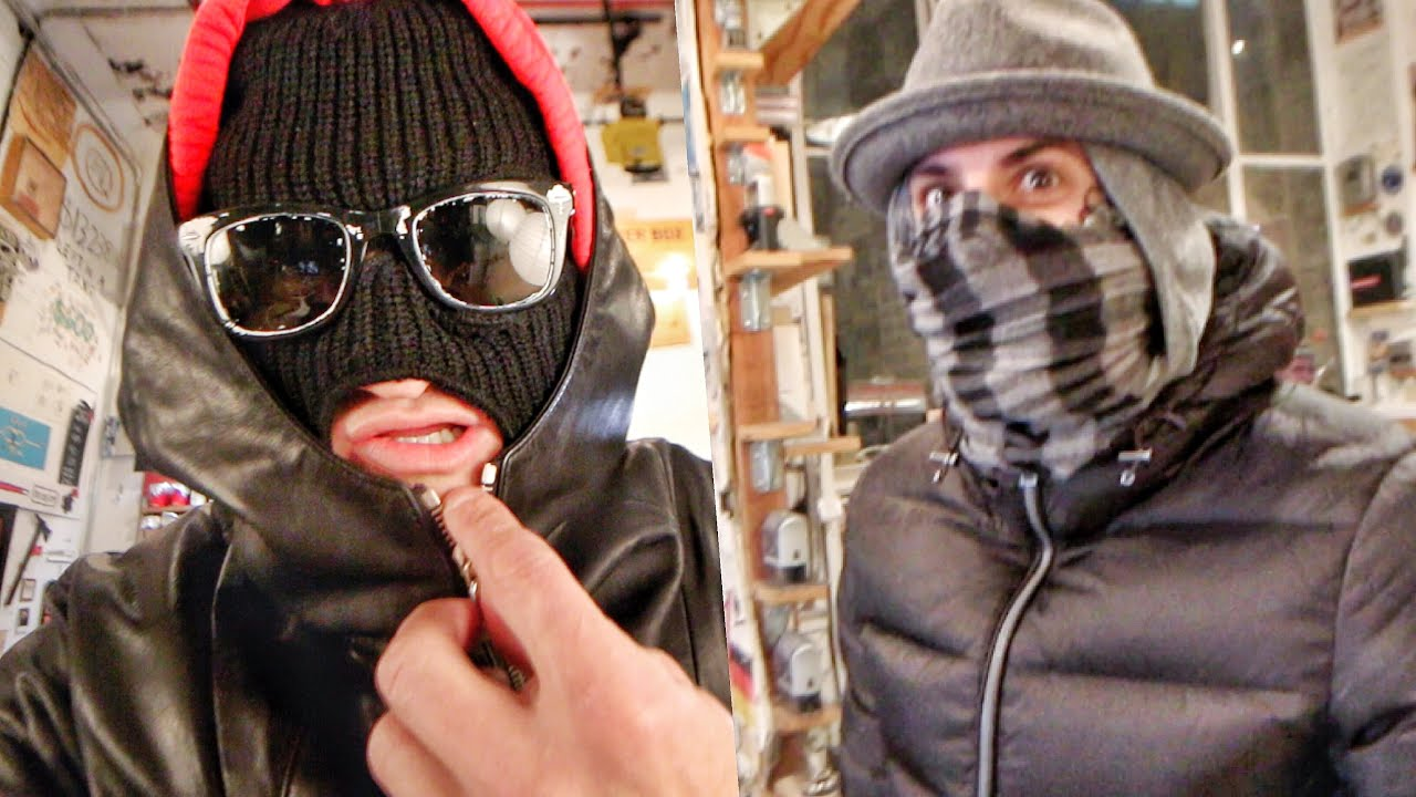 NEVER DRESS LIKE THIS IN NYC thumbnail