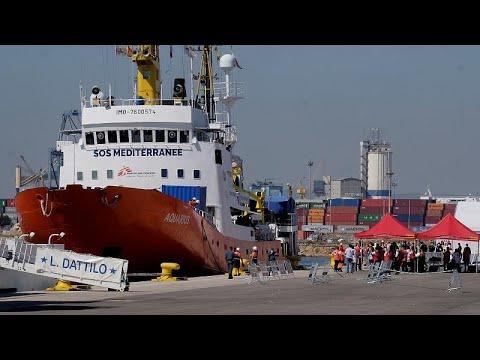Στη Βαλένθια οι 630 μετανάστες του Aquarius