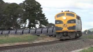 preview picture of video 'B74-T320-T357-T378 Tourello Sun 29/08/10'