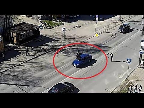 Водитель не заметил двух школьников на пешеходном переходе в Петрозаводске