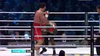 Кличко-Мормек 4 раунд нокаут