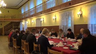 preview picture of video 'II Sesja Rady Gminy Włoszakowice kadencji 2014-2018 (część III)'