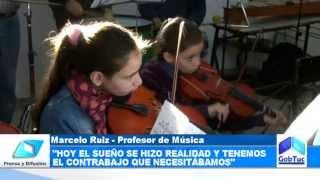 preview picture of video 'Donde antes funcionaba un comedor infantil hoy ensaya una orquesta juvenil'