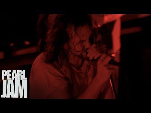 """Blood"" - Immagine In Cornice - Live In Verona, Italy - Pearl Jam"