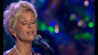 "Lorrie Morgan - ""A Picture of me Without You"