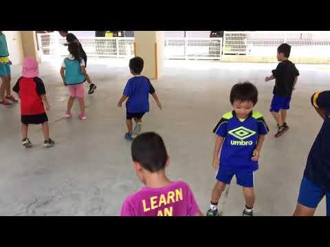 沖縄 サッカースクール ディヴェルチール 保育園巡回指導