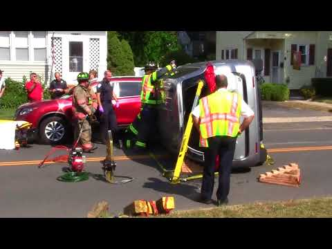 one-person-extricated-taken-to-hospital-after-rollover-in-bristol-with-video