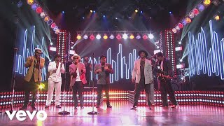 Mark Ronson - Feel Right (Live on SNL) ft. Mystikal