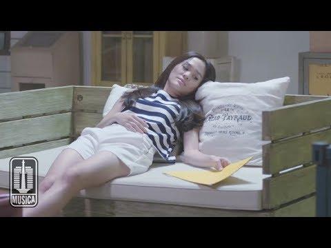 Sheryl Sheinafia Feat. Ariel NOAH - Kutunggu Kau Putus (Official Music Video)