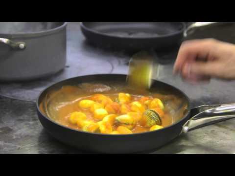 11. Pasta con gambas y almejas. '20 platos de Andrés Iniesta cocinados por David Muñoz'