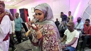 تحميل اغاني ندي القلعه _الكلام كتير | حفله | Nada Algalaa MP3