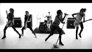 ASKING ALEXANDRIA - The Black (Official Music Video)