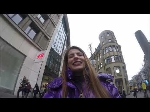 Pia Latina testet die Bershka Daunenjacke