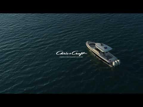 Chris-Craft Calypso 35 Heritage Edition video