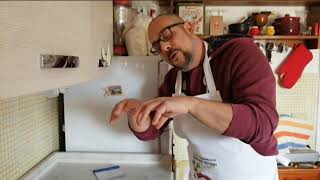 Pizza Napoletana – Come fare i panetti e stendere la Pizza