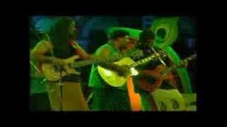 Neeney Beku by Raghu Dixit Live in Concert at Dharwad Utsav 2013 Dec15