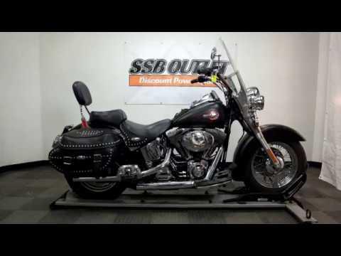 2001 Harley-Davidson FLSTC/FLSTCI Heritage Softail® Classic in Eden Prairie, Minnesota - Video 1