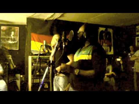 Gentleman & Richie Stephens inna combination 4 Bandulu Burn.m4v
