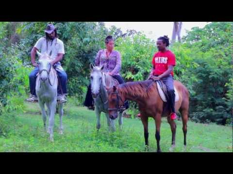Empress Roli - Rolling With Jah