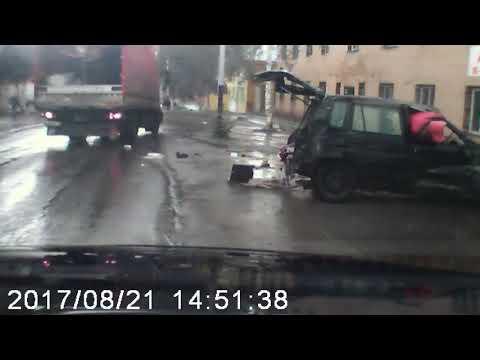 Полёт угнанного автомобиля в Прокопьевске