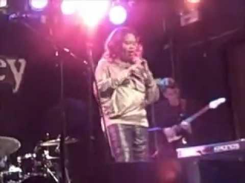 Sherri Shiri Live at the Abbey Pub, Chicago