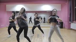 Камшат Жолдыбаева сексуально танцует