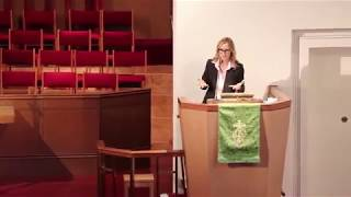 Chely Wright speaks at The Congregational Church of Manhasset 10/15/17