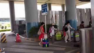How To Reach in 5 minutes of walk from Terminal 3 to Terminal 2, Delhi, India