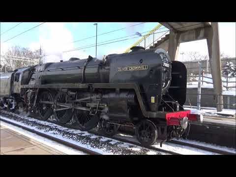 70013 'Oliver Cromwell' makes a surprise stop at Marks Tey 2…