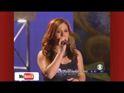 Kelly Clarkson - Beautiful Disaster ! Live