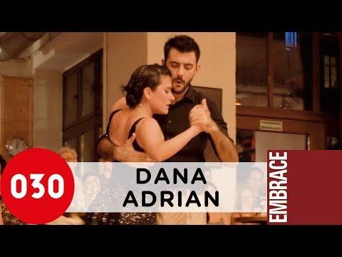 Dana Frigoli and Adrian Ferreyra – Fumando espero