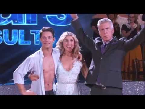 Are any couples on dancing with the stars hookup