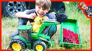 Bruder Tractors For Kids Harvest Wild Berries With Axel and Daddy