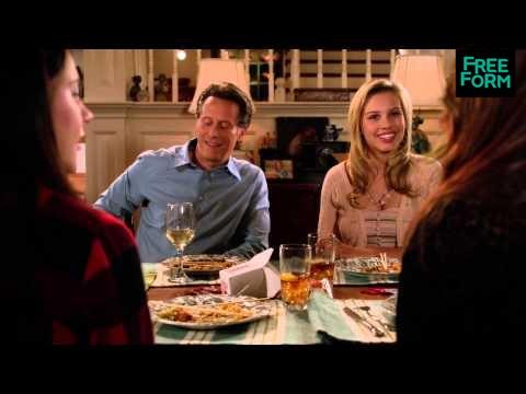 Chasing Life 1.09 (Clip 'Family Dinner')
