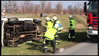 preview picture of video 'Einsatzübung: Schwerer Verkehrsunfall in Laxenburg'
