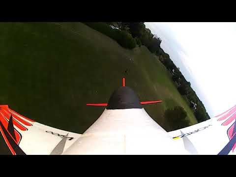 eflite-v900-2250-3s--laps-of-the-park